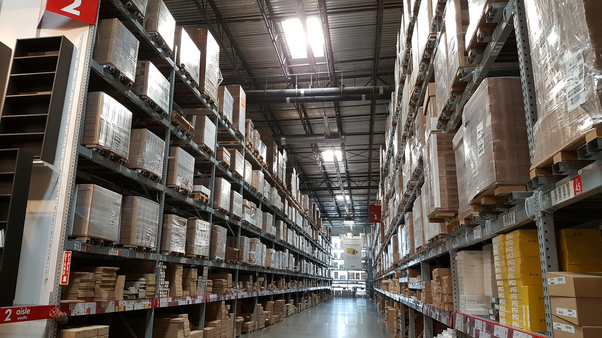 Multi-channel Inventory Management: How to avoid over-stocks and out-of-stocks